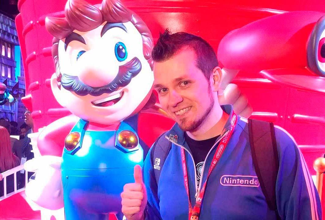 Abdallah e estátua do Mario na E3 2017