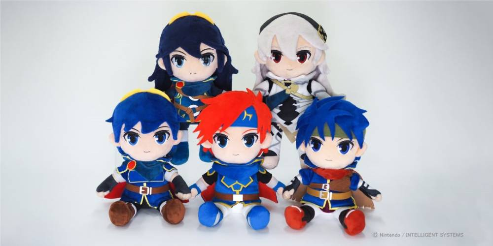 Foto das pelúcias de Fire Emblem produzidas pela San-ei